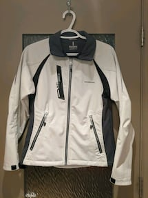Elevate White/Grey Softshell with inside fleece size extra small/small