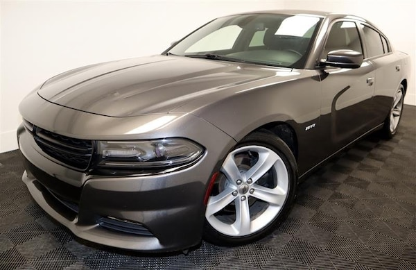 Dodge Charger 2017 83be6af4-4b43-428d-8e2f-3ac12950bb61