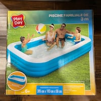 Play Day Deluxe Family Pool 10FT NEW