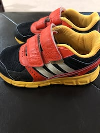 Adidas Kids Shoes Size 8.5  Arlington, 22207