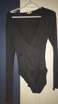 Aritzia Bodysuit (Wilfred Free)  Ancaster