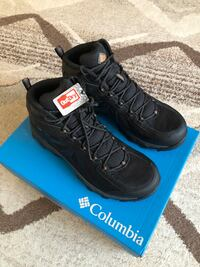 New Columbia Peakfreak Men Hiking Shoes Mid OutDry Waterproof taille 10.5 US  new in box, never worn  Mont-Royal, H3R 1G7