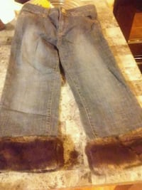 Women's metro 7 with faux fur bottoms size 2 Sioux Falls, 57103