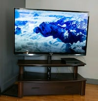 "60"" 3D TV w/ 2 pr. of 3D glasses and 20 3D movies Lynn, 01902"