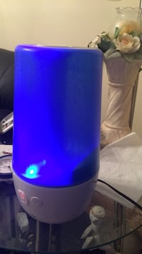 Cold mist air Humidifier. Toronto, M4C 2P7