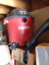 red and black canister vacuum cleaner Perris, 92570