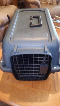 I have a brand new small pet crate $15 firm Colorado Springs, 80917