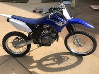 Blue and white yamaha motocross dirt bike Boiling Springs, 29316