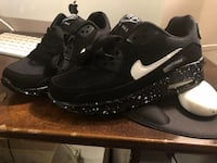 Nike Air max shoes. Brand new size 6.5