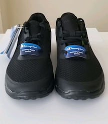 Brand New - women's Size 6 - Running Shoes
