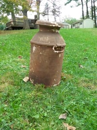 vintage  antique milk can Glen Arm, 21057