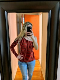 Miss sixty top. Size small Montréal, H3N 2H3