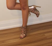 Beautiful rose gold shoes  Toronto, M6C 3R1