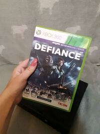XBOX 360 WITH DEFIANCE GAME