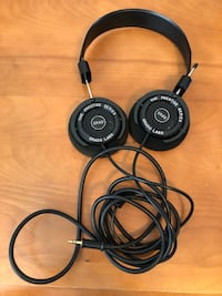Grado Labs sr60 retro headphones Black leather Edmonton, T6H 2V4