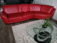 Genuine Italian leather...... 5 pieces Red and black couch.