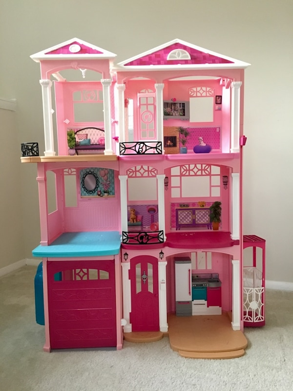Barbie Dream House Toy Lot