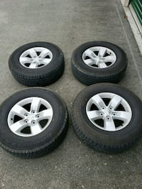 gray 5-spoke vehicle wheel and tire set Knoxville, 37938