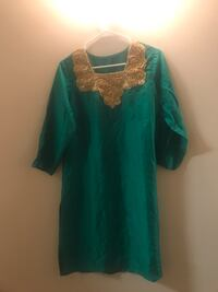women's green and white floral dress 2 km