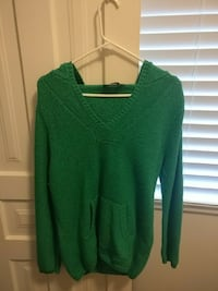 Bluenotes sweater size large Windsor, N9A 4W8