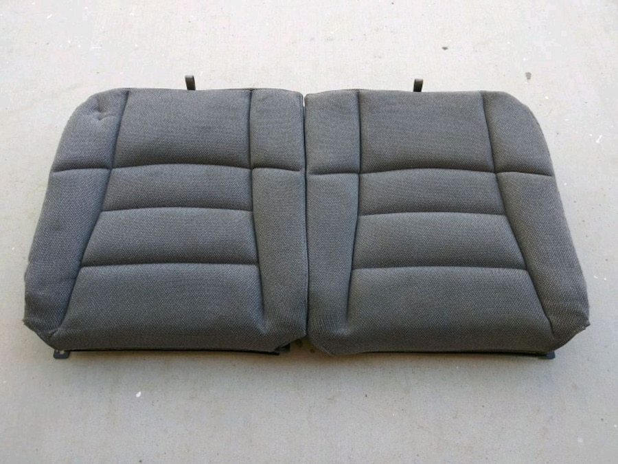 Photo 87-93 Ford Mustang GT Convertible Rear Seats With Install Bracket