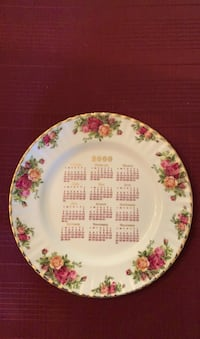 Royal Albert Old Country Roses 2000 Calendar Dinner Plate Gold Rimmed Coopersburg, 18036