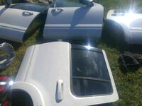 4 Ford explorer doors 400.00 for all or 100.00 a p Oklahoma City