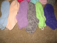WOMEN'S SOFT FLUFFY COLOURFUL SOCK Toronto