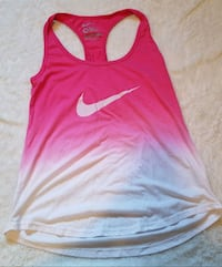 NIKE MEDIUM TANK TOP $5 Airdrie, T4B 3C5