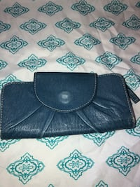 Blue wallet Canyon Country, 91387