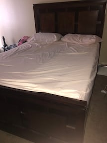 Bed and bed set