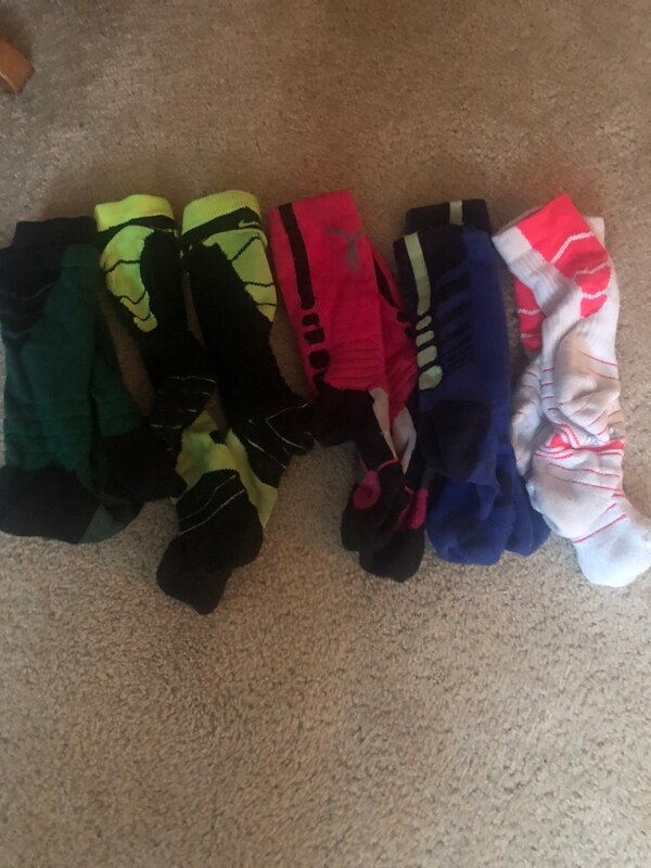 83b519015 Used Nike socks great condition socks on left are black and dark green for  sale in Mason