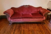 Antique velvet couch  Barnesville, 20838