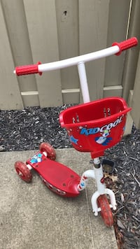 red and white Radio Flyer trike Dublin, 43017