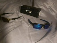 black and blue Oakley sunglasses Alexandria, 22304