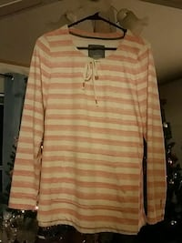 Orange and white size large ladies top Golden Valley, 86413