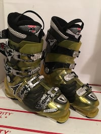 Atomic Hawx 90 Men's Ski Boots Size 10.5 or 28.5