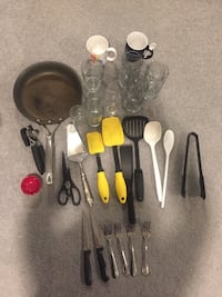 Various kitchen stuff.
