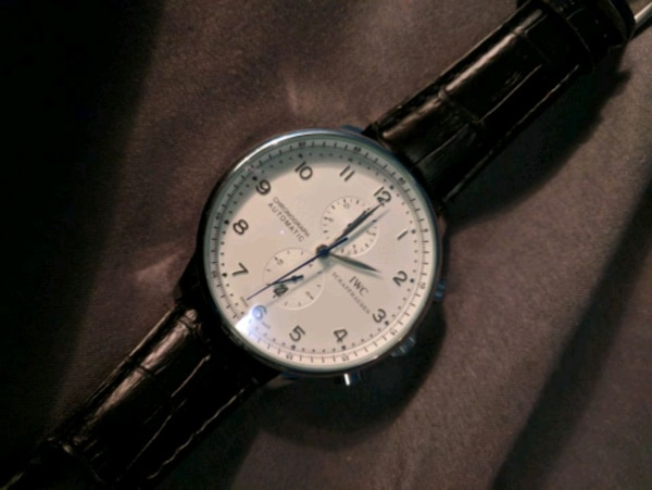 Watch with Automatic movement