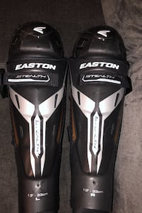 Easton stealth knee pads