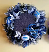 blue and white wreath decor Redford Charter Township, 48239