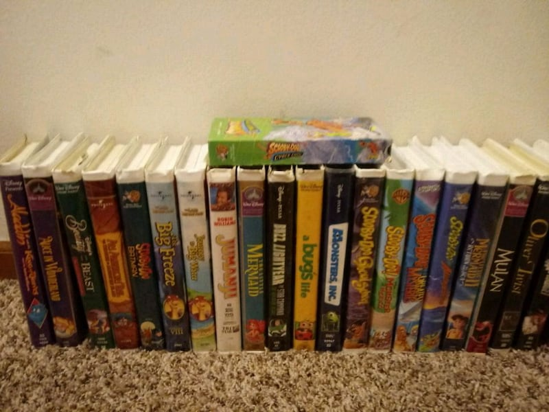 Classic vcr kids classics 15$ takes all...????Board game 9415a4d8-2204-4354-a165-c9ae2a6bb7ff