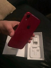 Red iphone xr 128gb Toronto