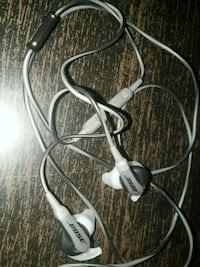 BOSE Headphone with wire.