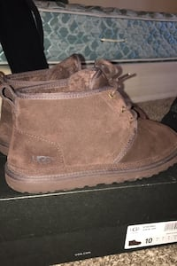 Men's Uggs Virginia Beach, 23464