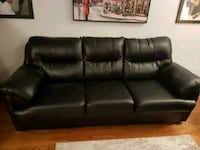Couch for sale Cambridge, N1P 1J6