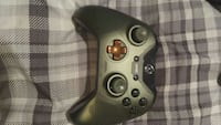 Limited Edition Halo 5 Guardians Controller Newmarket, L3Y 8J7