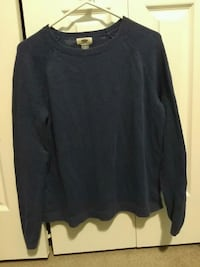 Knit sweater Kitchener, N2E 4C2