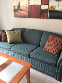 Sofa bed and coffee table  Vaughan, L4L 7B6