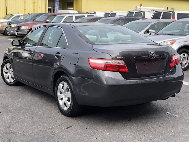 Toyota Camry 2009 3ee66740-afe9-4a47-a944-2abef279f046